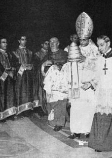 Marrano and Communist Infiltrator, Anti-Pope Paul VI, smashing the Sacred Papal Tiara