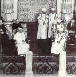Anti-Pope John Paul II in Jewish Synagogue